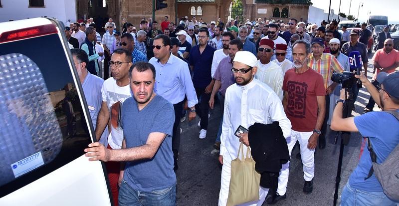 تشييع جثمان حسن ميكري في موكب جنائزي مهيب بالرباط - بيت الفن